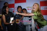 Raju Shrivastav, Sunil Pal, Claudia Ciesla at Bhavnao Samja Karo film premiere in Cinemax on 13th Jan 2010 (4).JPG
