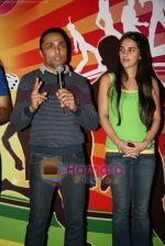 Tara Sharma, Rahul Bose  at Mumbai Marathon press meet in world Trade Centre on 13th Jan 2010 (13).JPG