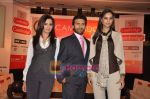 Mrinalini Sharma, Shawn Arranha, Amruta Patki at Cambridge shirts anniversary show in Blue Sea on 28th Jan 2010 (26).JPG