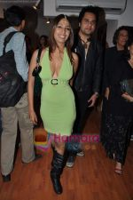 Kashmira Shah, Krushna at Baz Lahrman and artist Vincent Fantauzzo Classic Tour in Hotel le Sutra on 2nd Jan 2010 (4).JPG