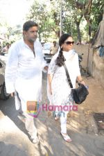 Bollywood pays homage to Aamir Khan_s father Tahir Hussain in Bandra, Mumbai on 3rd Feb 2010 (26).JPG