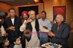Pran at Pran_s 90th birthday bash in Royal CHina, Mumbai on 12th Feb 2010 (3).JPG