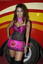 Kashmira Shah at Manav Seva Group_s charity event in MBMC GROUND, Mira Road on 20th Feb 2010 (9).JPG