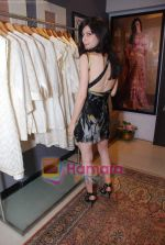 sherry shroff at the launch of Kanika Mehra studio in Raghuvanshi Mills Compound, Lower Parel on 25th Feb 2010 (12).JPG