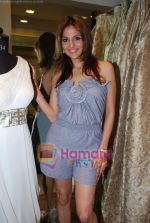 tanaaz doshi at the launch of Kanika Mehra studio in Raghuvanshi Mills Compound, Lower Parel on 25th Feb 2010 (27).JPG