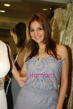 tanaaz doshi at the launch of Kanika Mehra studio in Raghuvanshi Mills Compound, Lower Parel on 25th Feb 2010 (5).JPG