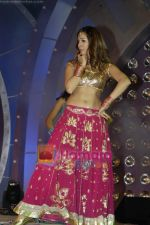 Kim Sharma at Society Interior Awards in The Club on 26th Feb 2010 (13).JPG