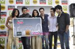 R Madhavan, Shraddha Kapoor, Siddharth Kher, Dhruv Ganesh, Vaibhav Talwar at the Launch of Timeout Lifestyle card in Olive, Mumbai on 2nd March 2010 (7).JPG