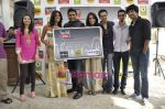 R Madhavan, Shraddha Kapoor, Siddharth Kher, Dhruv Ganesh, Vaibhav Talwar at the Launch of Timeout Lifestyle card in Olive, Mumbai on 2nd March 2010 (9).JPG