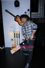 Kailash Kher at Colors Rockstar launch in Saharastar, Mumbai on 5th March 2010 (29).JPG