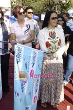 Ila Arun, Ishita Arun at Lavassa car race for women in Bandra on 6th March 2010 (96).JPG
