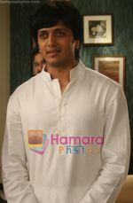 Ritesh Deshmukh in the still from movie Jaane Kahan Se Aayi Hai (7).jpg