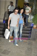 Saif Ali Khan, Kareena Kapoor at the special screening of Love Sex Aur Dhokha hosted by Tusshar Kapoor in Pixion, Bandra on 18th March 2010 (12).JPG