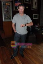 Steve Waugh launches 6up mobile game in Hard Rock Cafe on 20th March 2010 (3).JPG