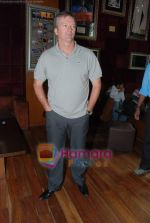Steve Waugh launches 6up mobile game in Hard Rock Cafe on 20th March 2010.JPG