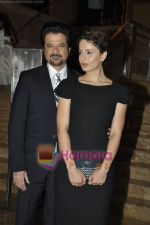 Anil Kapoor, Kangana Ranaut at Haiti Earthquake Fundraiser Auction in Grand Hyatt, Mumbai on 21st March 2010 (13).JPG