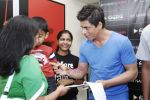 Shahrukh Khan at Reebok and bollywoodhungama.com meets the My Name Is Khan online contest winners in Mannat on 23rd March 2010 (15).JPG