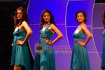 at Pantaloon Femina Miss India 2010 unveils finalists in Grand Hyatt on 23rd March 2010 (121).JPG