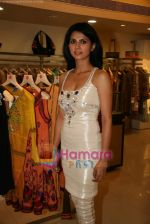 Daisy Bopanna at Payal Singhal_s exhibition in Atria Mall on 24th March 2010 (14).JPG