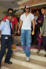 Hrithik Roshan at Radio City in Bandra on 24th March 2010 (31).JPG