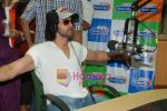 Hrithik Roshan at Radio City in Bandra on 24th March 2010 (6).JPG