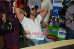 Hrithik Roshan at Radio City in Bandra on 24th March 2010 (9).JPG