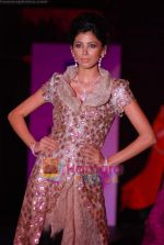 at Orra Fashion showcase in Grand Hyatt, Mumbai on 25th March 2010 (34).JPG