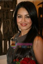 Mahima Chaudhary at poet and artist Kiran Chopra_s exhibition in Jehangir art gallery on 25th March 2010 (7).JPG