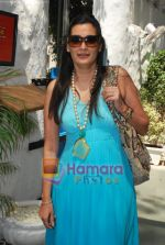 Mana Shetty at Neha Agarwal_s Luxe Lover collection preview in Olive, Bandra, Mumbai on 25th March 2010 (48).JPG