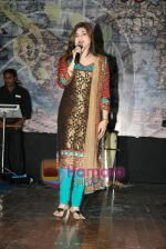 Alka Yagnik live in Shanmukhanand Hall on 27th March 2010 (10).JPG