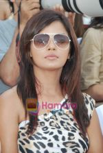 Neetu Chandra at D B Realty Southern Command Polo Cup Match in Mahalaxmi Race Coarse on 27th March 2010 (3).JPG