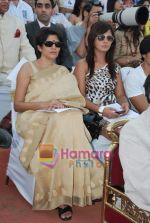 Neetu Chandra at D B Realty Southern Command Polo Cup Match in Mahalaxmi Race Coarse on 27th March 2010 (4).JPG
