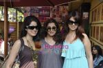 Anjana Sukhani, Dimple Kapadia, Vidya Malvade at Tum Milo toh Sahi media meet in Bandra on 29th March 2010 (43).JPG
