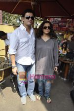 Dimple Kapadia, Kabir Sadanand at Tum Milo toh Sahi media meet in Bandra on 29th March 2010 (2).JPG