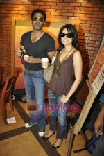 Vidya Malvade, Sunil Shetty at Tum Milo toh Sahi media meet in Bandra on 29th March 2010 (3).JPG