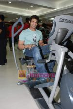 Ruslaan Mumtaz at the launch of  Snap 24-7 Gym in Malad, Near Croma on 29th March 2010 (6).JPG