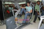 Ruslaan Mumtaz at the launch of  Snap 24-7 Gym in Malad, Near Croma on 29th March 2010 (62).JPG