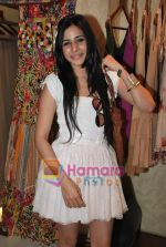Soniya Mehra at Neeta Nishka Lulla summer preview in Samsara on 29th March 2010 (3).JPG
