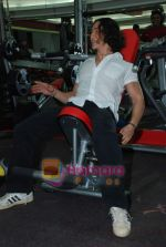 Tiger Shroff at the launch of  Snap 24-7 Gym in Malad, Near Croma on 29th March 2010 (6).JPG