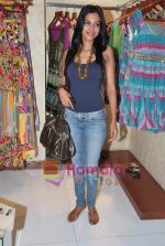 at Neeta Nishka Lulla summer preview in Samsara on 29th March 2010 (64).JPG