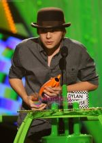 at Nickelodeon_s 23rd Annual Kids Choice Awards in Los Angeles on 27th March 2010 (44).JPG