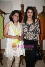 Poonam Dhillon at the Launch of Nisha Sagar_s Summer wear collection in Juhu on 30th March 2010 (7).JPG