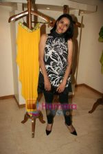 Sharon Prabhakar at the Launch of Nisha Sagar_s Summer wear collection in Juhu on 30th March 2010 (6).JPG