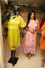 Sheeba at the Launch of Nisha Sagar_s Summer wear collection in Juhu on 30th March 2010 (2).JPG