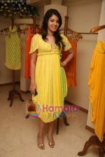 at the Launch of Nisha Sagar_s Summer wear collection in Juhu on 30th March 2010 (30).JPG