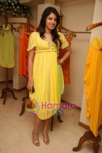 at the Launch of Nisha Sagar_s Summer wear collection in Juhu on 30th March 2010 (31).JPG