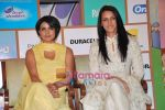 Gul Panag, Neha Dhupia at Shiksha NGO event in Taj Land_s End on 31st March 2010 (4).JPG