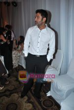 Sunil Shetty walks the ramp for Neelam and Nriti Shah on 1st April 2010 (246).JPG