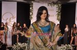 Zarine Khan walks the ramp for Neelam and Nriti Shah on 1st April 2010 (10).JPG
