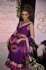 walks the ramp for Neelam and Nriti Shah on 1st April 2010 (40).JPG